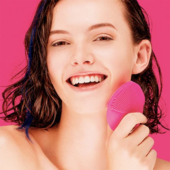 Facial Cleansing Brush | Face Massager | Waterproof (USB Rechargeable)